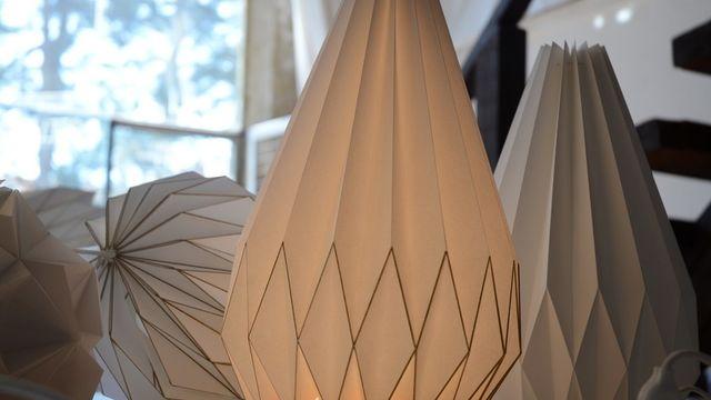 je crée une très belle lampe déco en origami